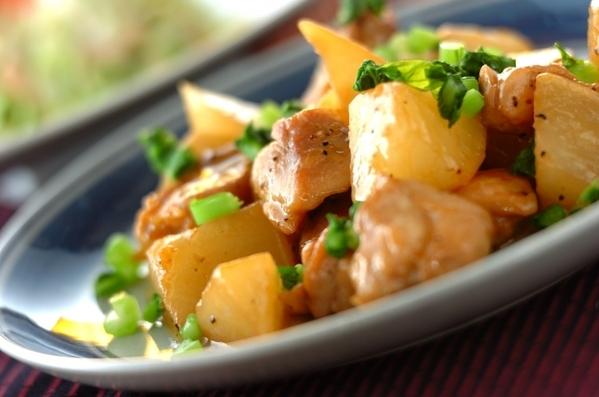 鶏もも肉と大根のバターしょうゆ煮の画像