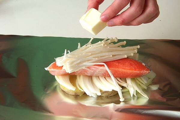 鮭のホイル焼きの作り方の手順7
