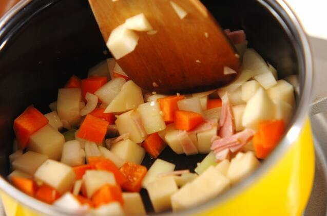 ミネストローネスープの作り方の手順2