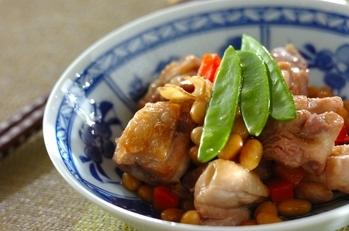 鶏と大豆の煮物
