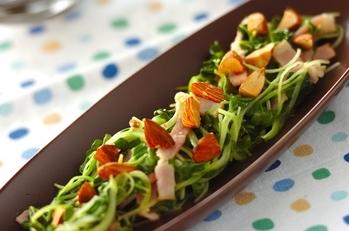 貝われ菜とベーコンの炒め物