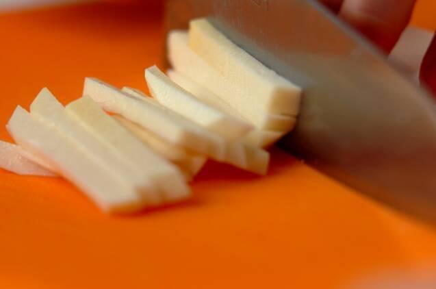 シャキシャキ!山芋のだししょうゆ和えの作り方の手順1