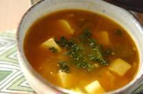豆腐とオクラのカレースープ