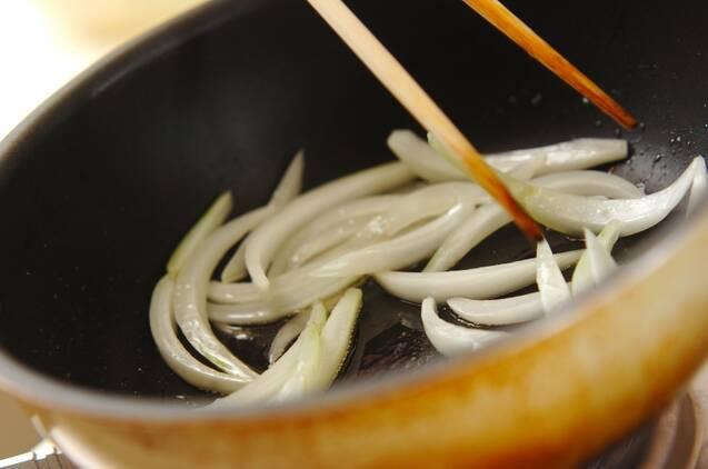 モヤシとニラの卵炒めの作り方の手順4