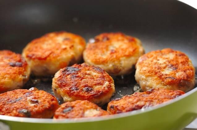 筑前煮入り鶏つくね焼きの作り方の手順5