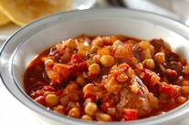 豚肉とヒヨコ豆のトマト煮込み