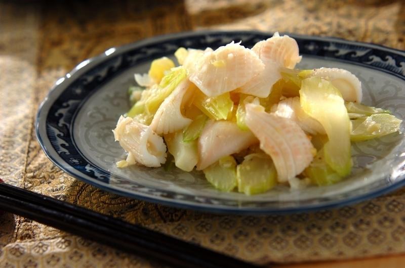 2.イカとセロリの炒め物