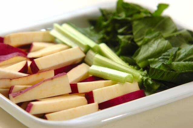 豚肉とサツマイモの旨塩炒め(下準備1時間有り)の作り方の手順2