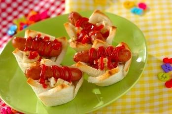 ビネガーキャベツとミニドッグの食パンカップ