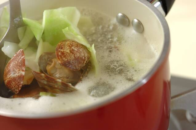 キノコと豚肉のみそバターパスタの献立の作り方の手順7