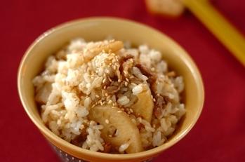 レンコンとゴボウのキンピラ混ぜご飯