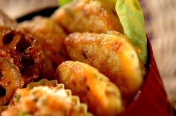 豆腐と鶏そぼろの和風ハンバーグ