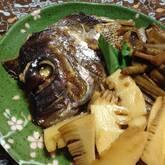 鯛のアラ炊きゴボウ添え