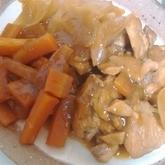 新ジャガと鶏肉の煮物