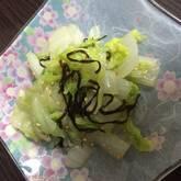 白菜と塩昆布のレンジ蒸し