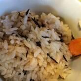 キノコとヒジキの炊き込みご飯