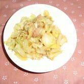 キャベツのツナマヨ炒め