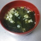 ガーリックワカメスープ