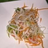 大根のせん切りサラダ