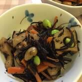 レンコン入りヒジキの煮物