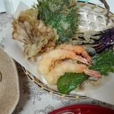 エビと野菜の天ぷら