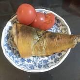 サバのカレー風味ヨーグルト漬け焼き