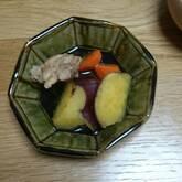 鶏とサツマイモの煮物
