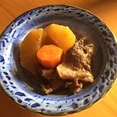牛すじ肉と大根の甘辛煮 【大根中部+大根葉】