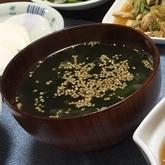 玉ネギとワカメのスープ