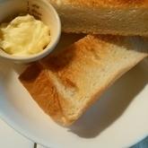 トースト・簡単ガーリックバター