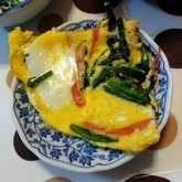 ニラとカニカマの卵焼き