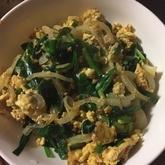 ニラとモヤシの卵炒め