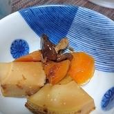 ニンジンとタケノコの煮物