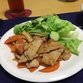 薄切り豚肉のショウガ炒め
