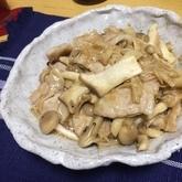 キノコと豚肉の旨味炒め
