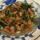 豚肉とニンニクの芽の中華炒め