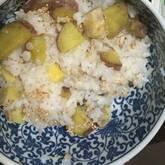 サツマイモのおこわ風炊き込みご飯