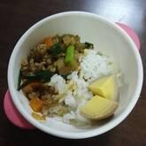 シンプルニラ玉ひき肉丼