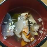 たっぷり鯛のアラ汁