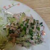 たたきキュウリとツナのサラダ