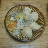 豆腐入りふんわり鶏肉団子のスープ煮