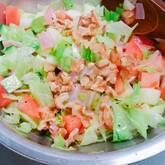 鶏ささ身とトマトのチョップドサラダ