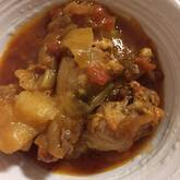 簡単!手羽元といろいろ野菜のトマト煮