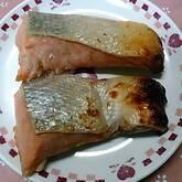 冷凍保存できる、鮭のみそ漬け