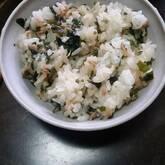 ワカメとツナの混ぜご飯