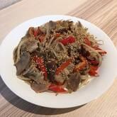 豚肉とモヤシのガーリックしょうゆ炒め