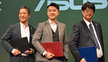 ASUS新社長も太鼓判! 5色展開の個性派ノートPC「VivoBook S15」