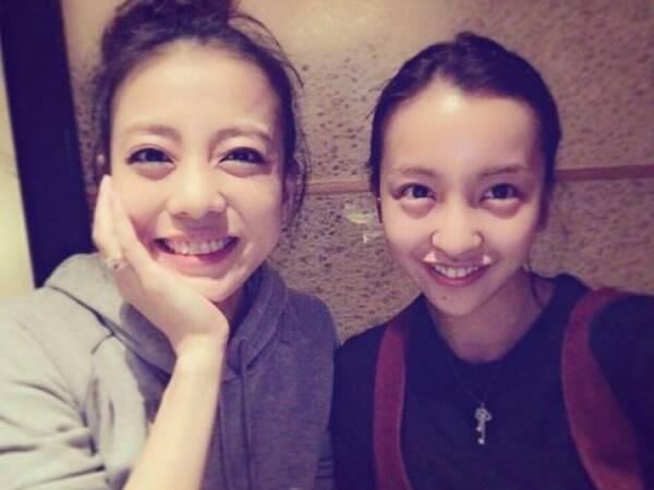 板野友美、すっぴん披露 あびる優との2ショットに「姉妹みたい」と反響 ...