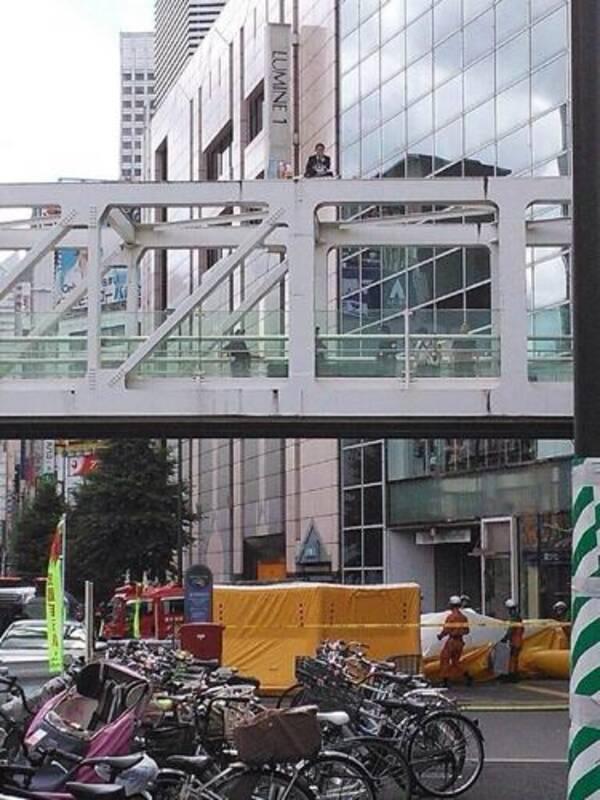 「新宿 甲州街道 歩道橋」の画像検索結果