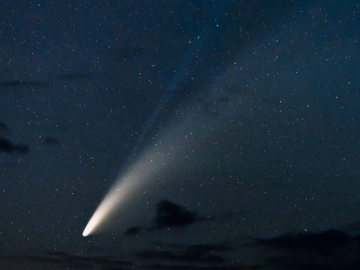 思っていたより『君の名は。』だった… 彗星を撮影した結果?【2枚】 (2020年7月18日) - エキサイトニュース